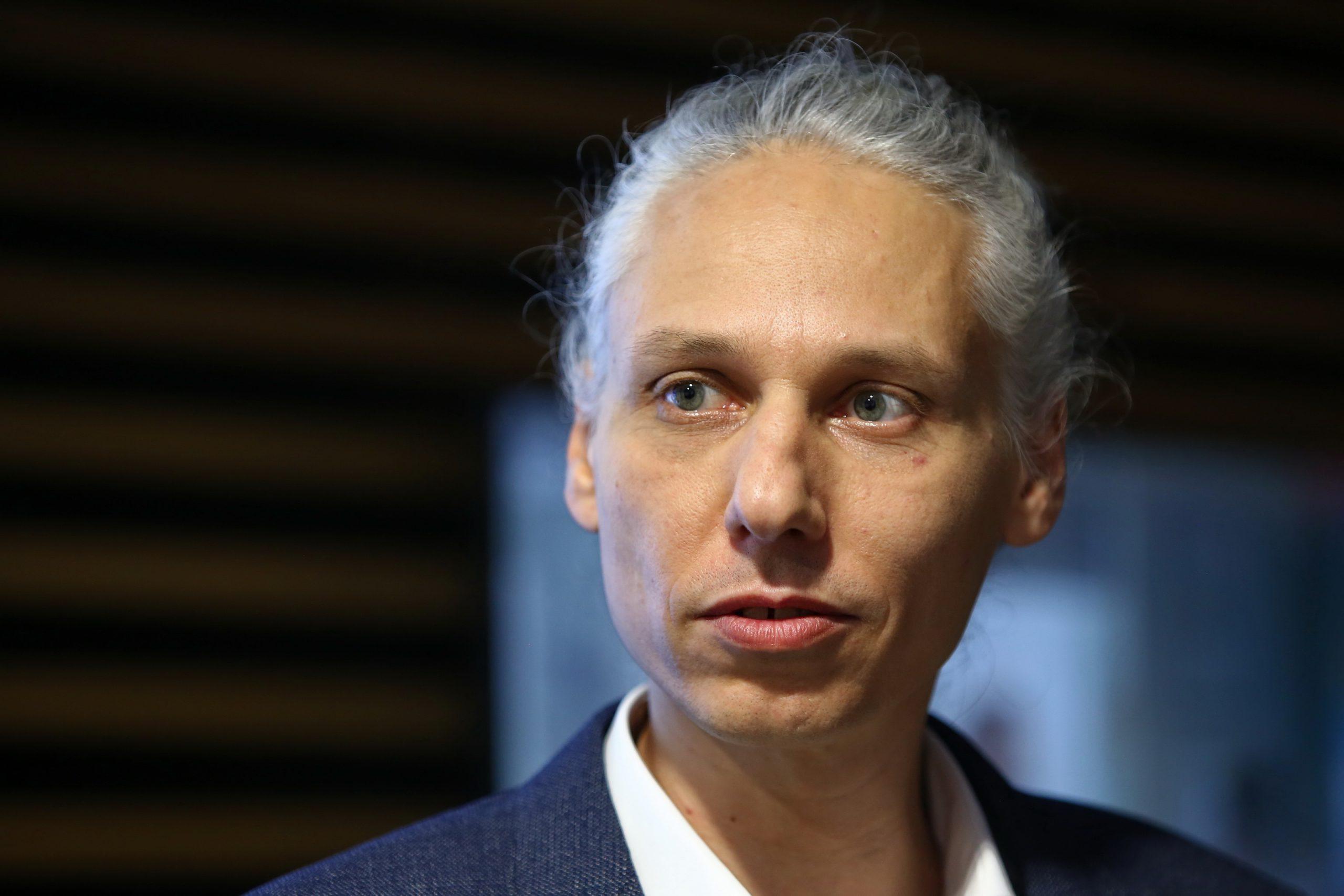 Robert Veverka: Lidé mají na svobodu nárok, přesto je jim upírána (rozhovor)