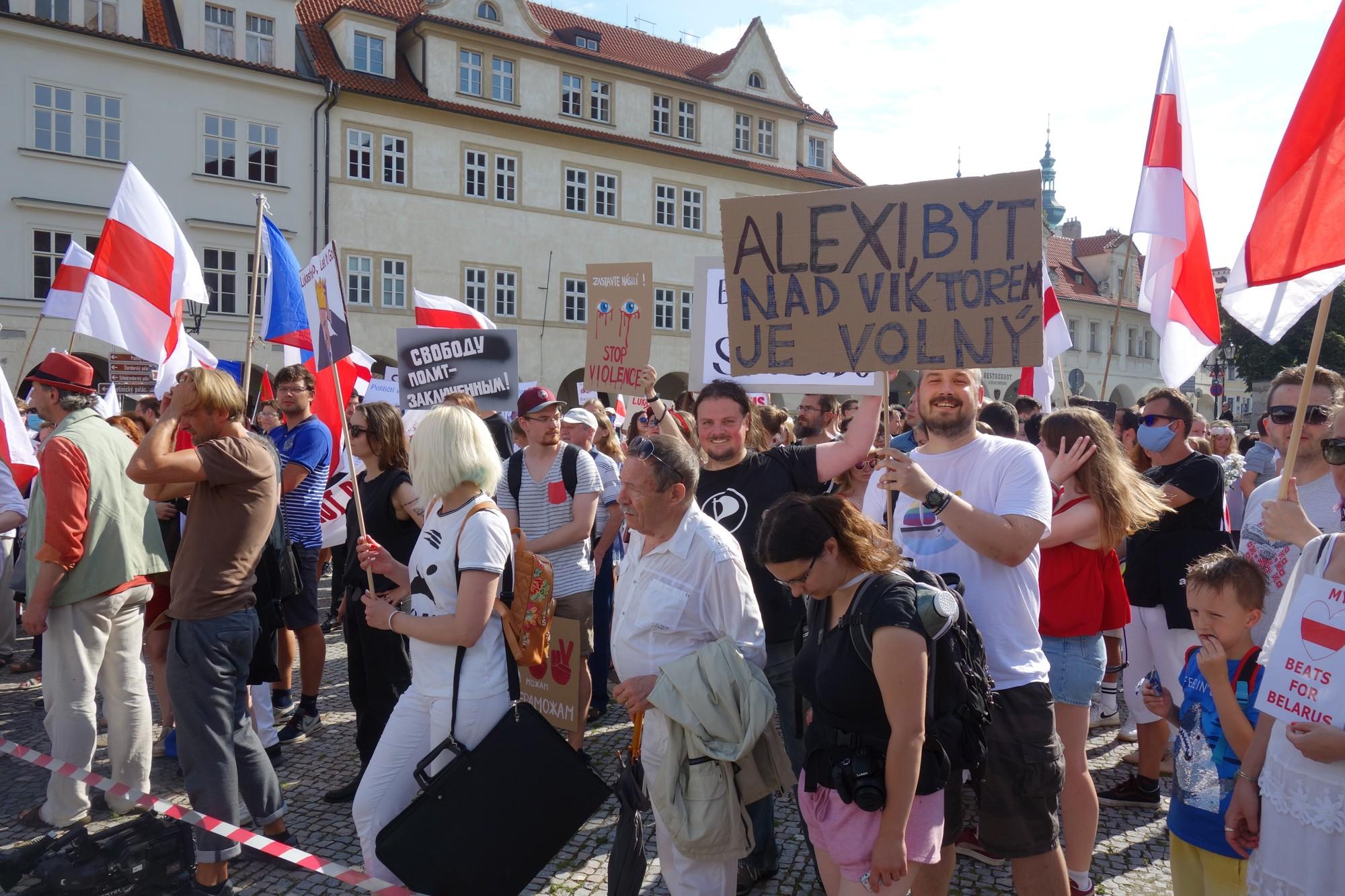 V českých městech se demonstrovalo proti policejním zásahům v Bělorusku
